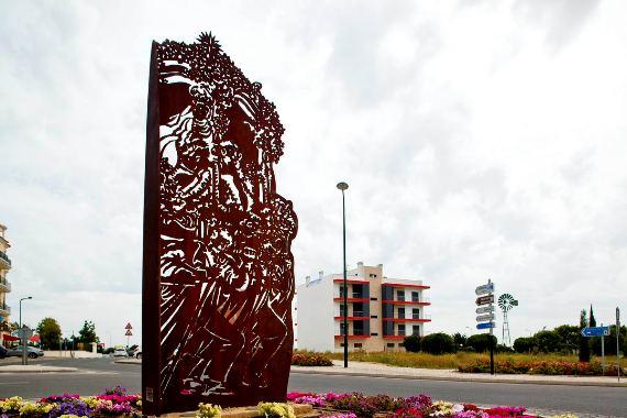 CM Loule - Escultura Miguel Cheta
